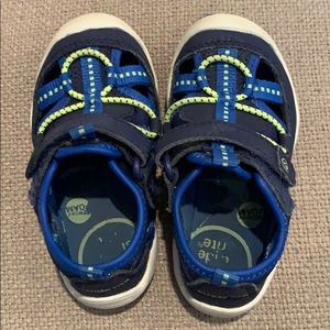 Stride Rite Water Shoes size 6